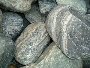 Купить Ландшафтный камень - Валун «Полосатый» бело-зеленый