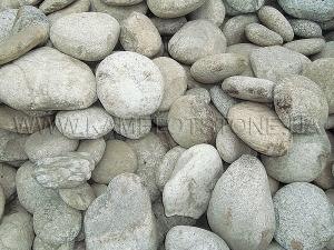 Купить Ландшафтный камень - Валун «Рябой» средний