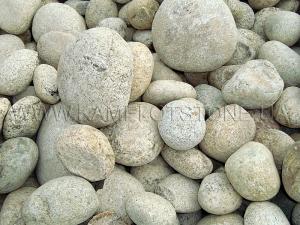 Купить Ландшафтный камень - Валун «Рябой» шар