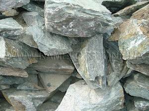 Купить Ландшафтный камень - Змеевик «Кавказ» скальный