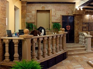 Фасады (фасадные системы) из натурального камня Kings'Stone. - Менеджери салону завжди можуть дати Вам грамотні консультації по роботах з природним каменем від етапу проектування, через виробництво виробів, доставку до будівельно-монтажних робіт