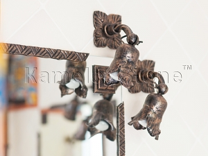 Фасады (фасадные системы) из натурального камня Kings'Stone. - Художественная ковка. Кованые светильники и обрамление зеркала.