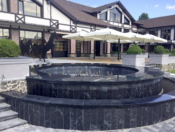 Fountain cladding with granite